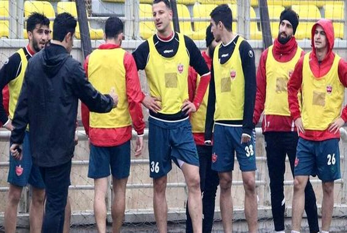(عکس) تنها بازیکن لیست مازاد گل محمدی کیست؟
