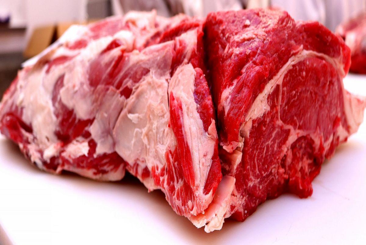 قیمت گوشت در بازار امروز شنبه 20 دی 99