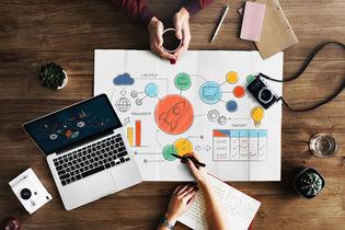 بهترین شغل های مرتبط با رشته گرافیک - بازار کار و درآمد