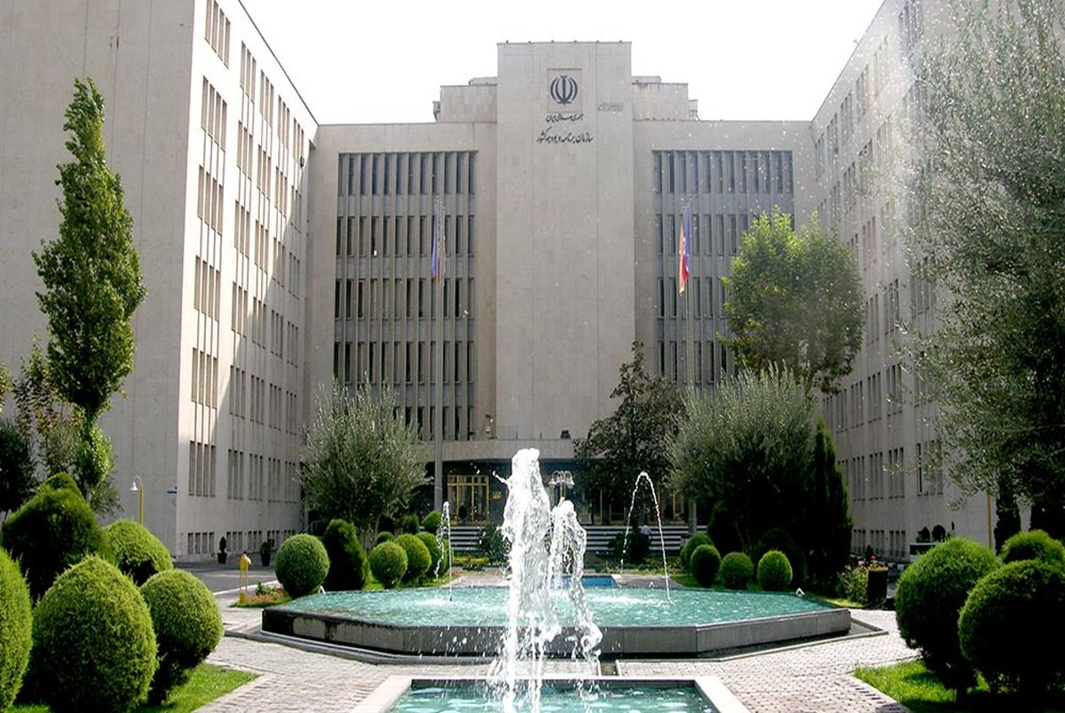 رئیس سازمان برنامه و بودجه و متناسب سازی حقوق بازنشستگان