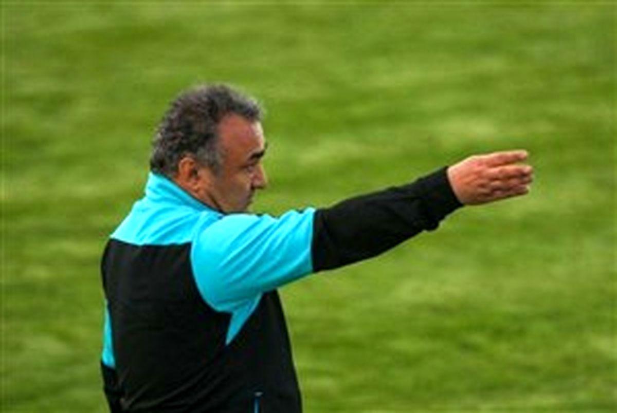 دست نشان: کاش بهاری نیمکت تیمش را کنترل می کرد
